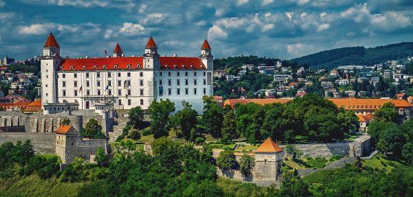 Братислава замок