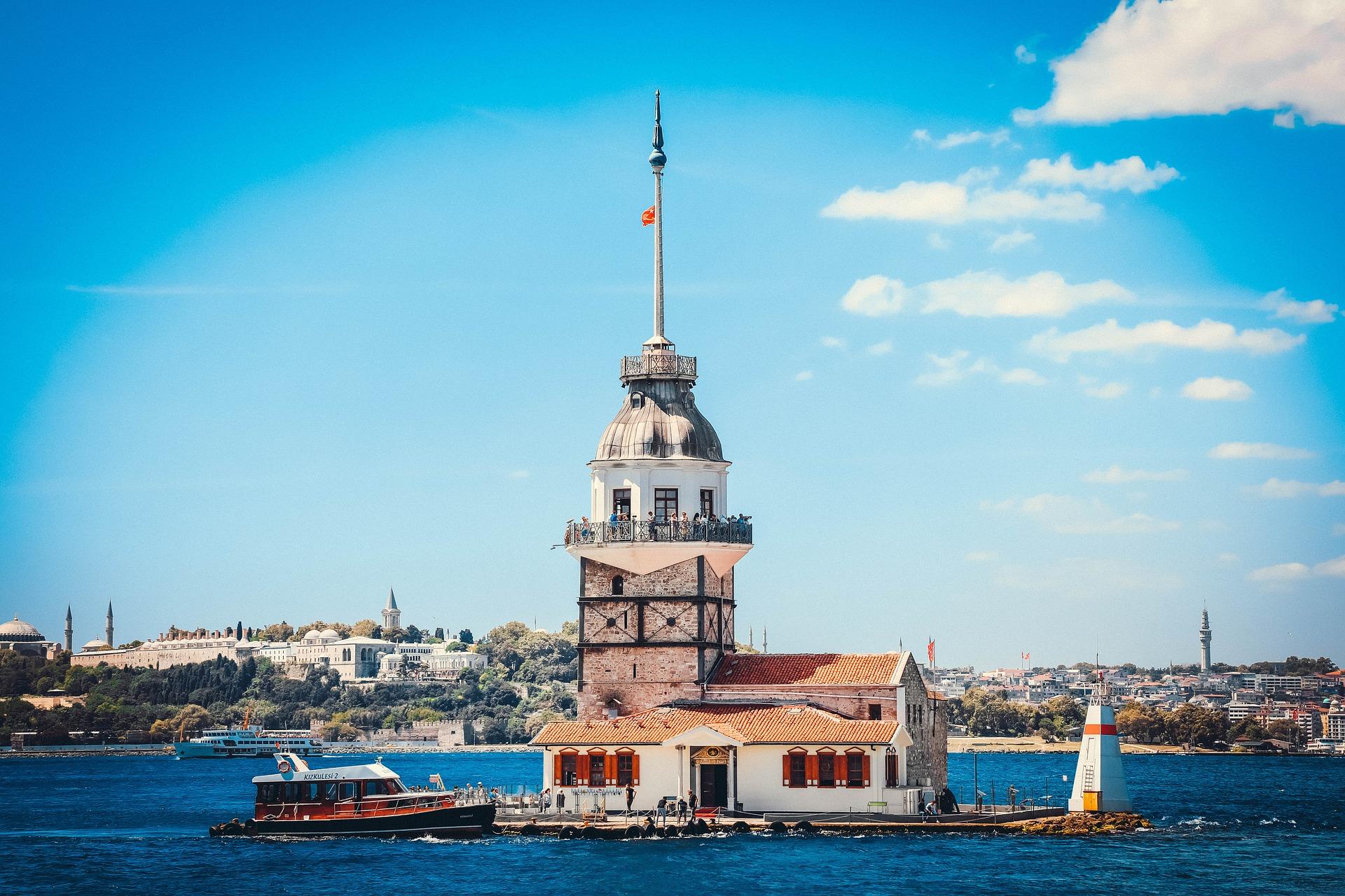 Стамбул затока вежа