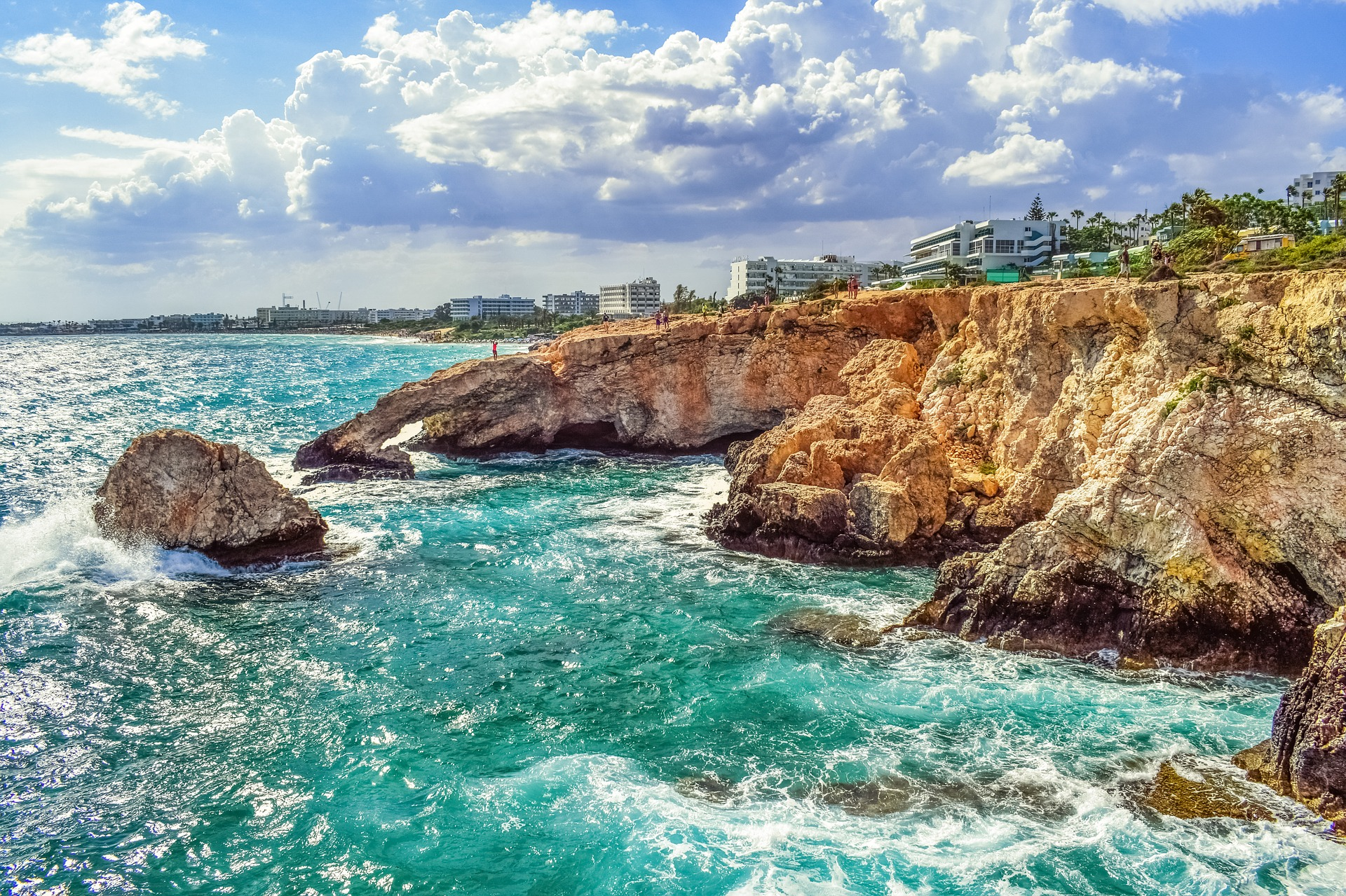 Кіпр скелястий берег