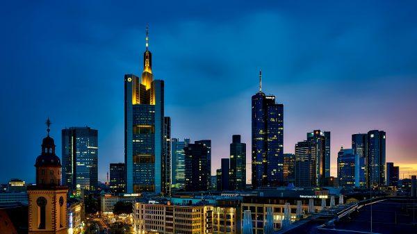 Франкфурт вночі