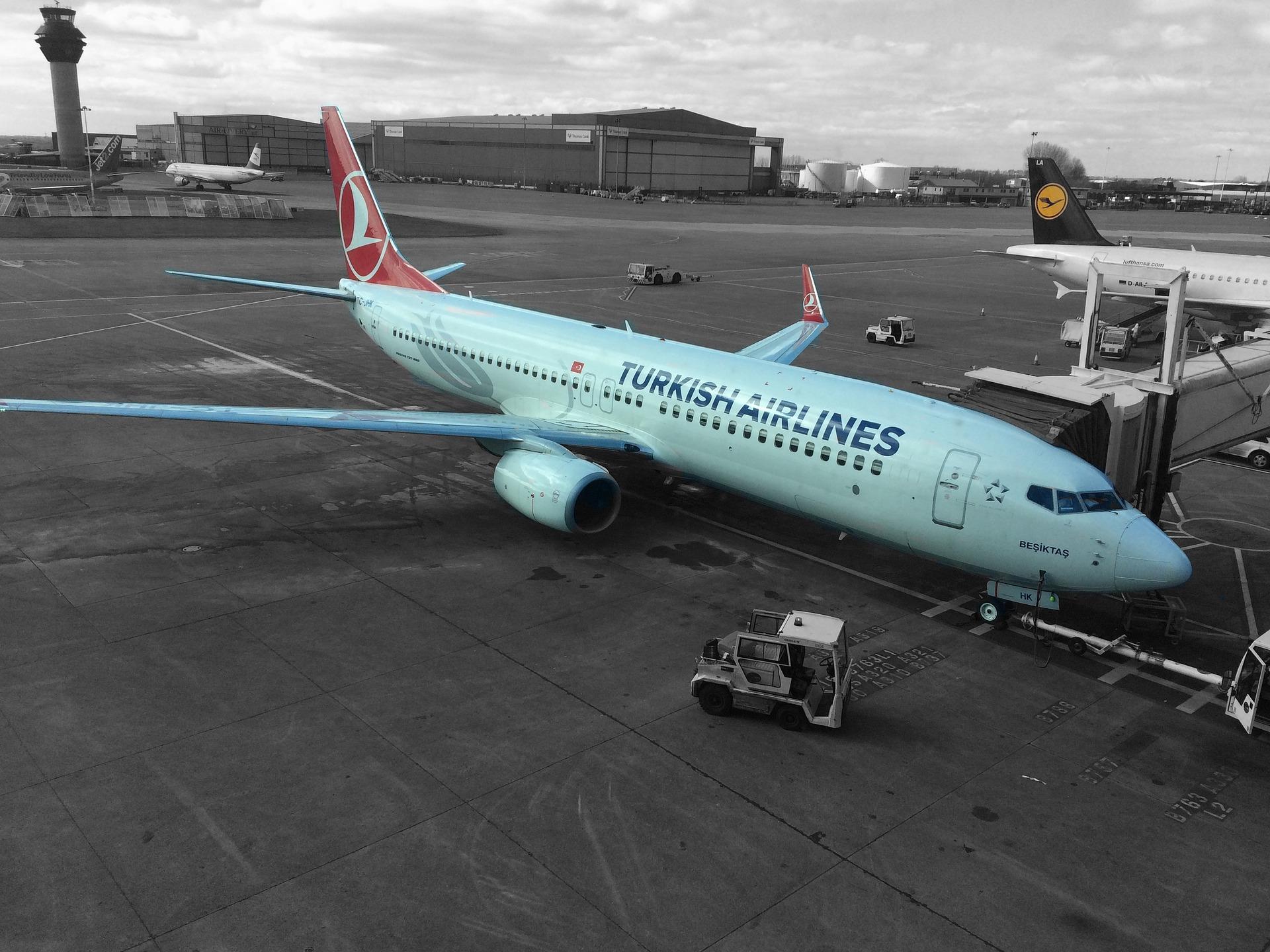 літак авіакомпанії Turkish Airlines