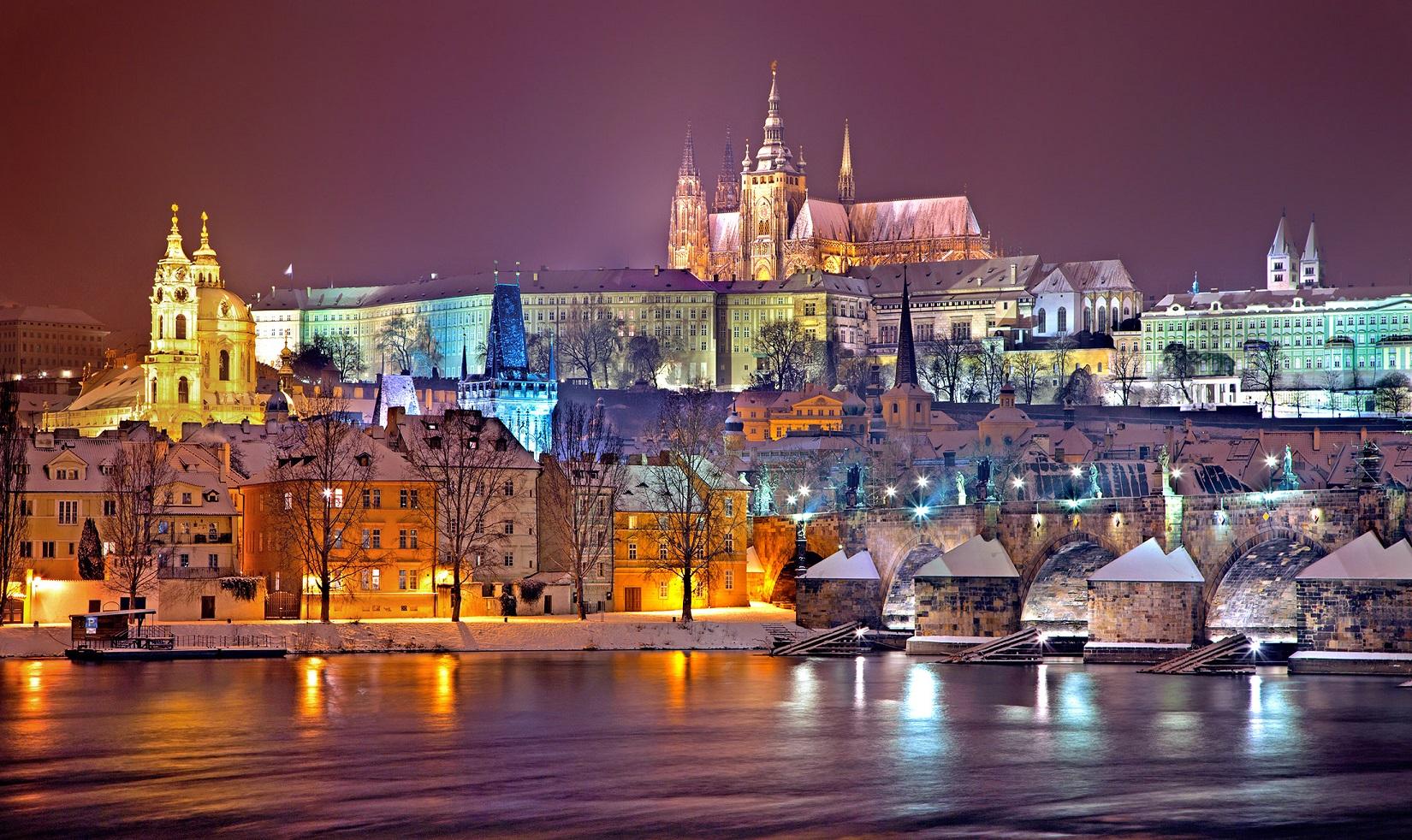 Чехія Прага нічне місто