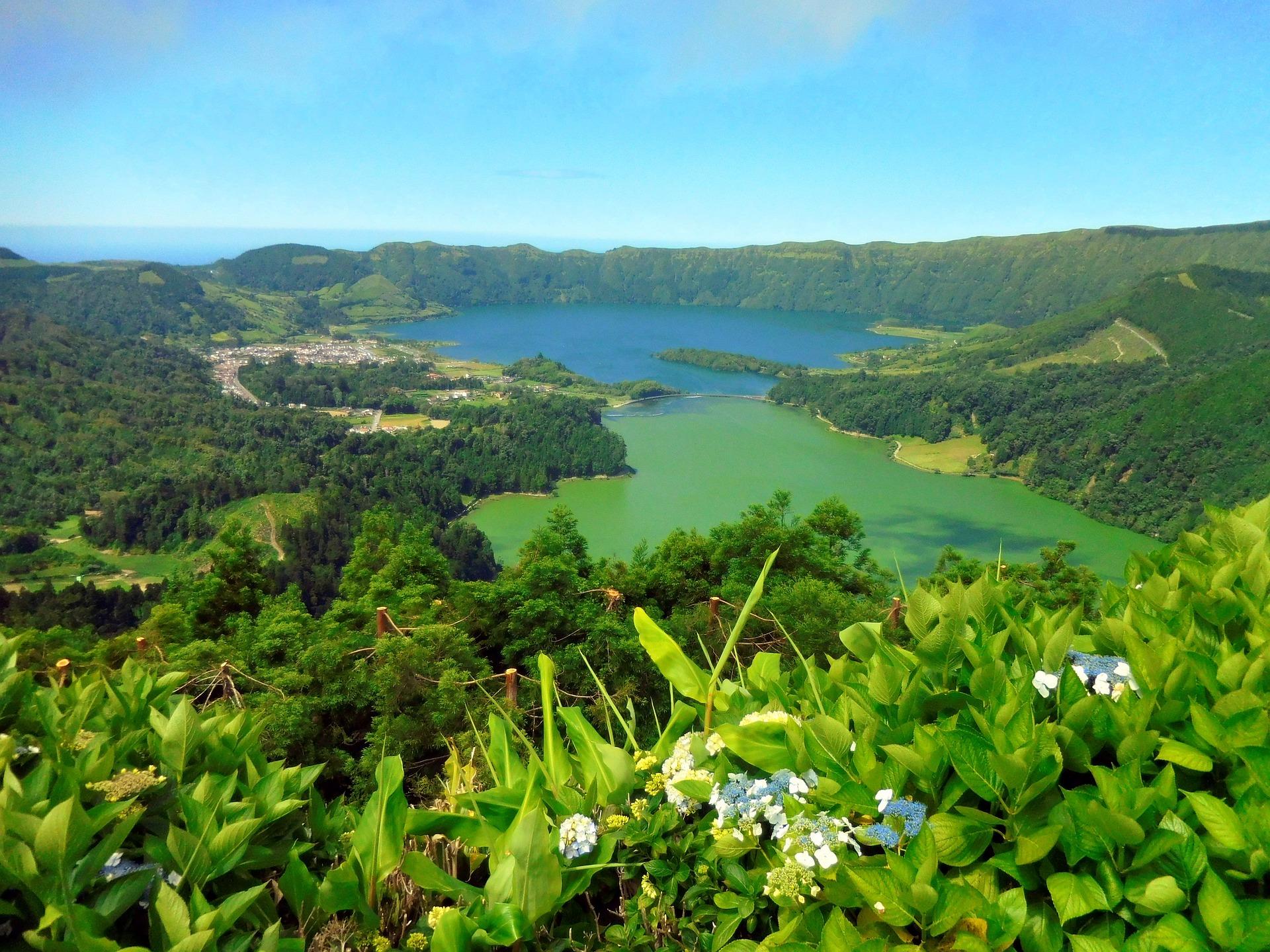 Португалія Азори озеро