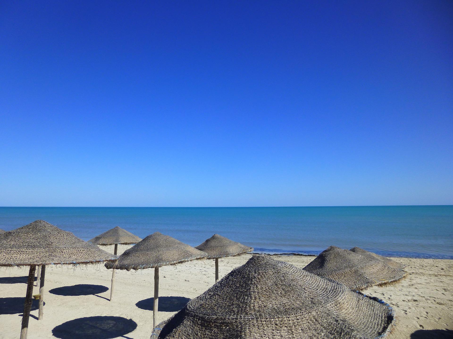 Туніс море пляж