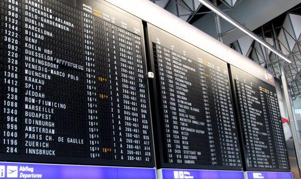 табло в аеропорті