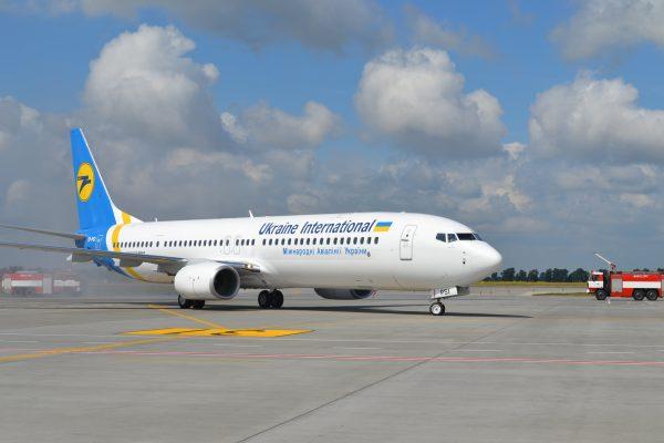 літак МАУ у Борисполі
