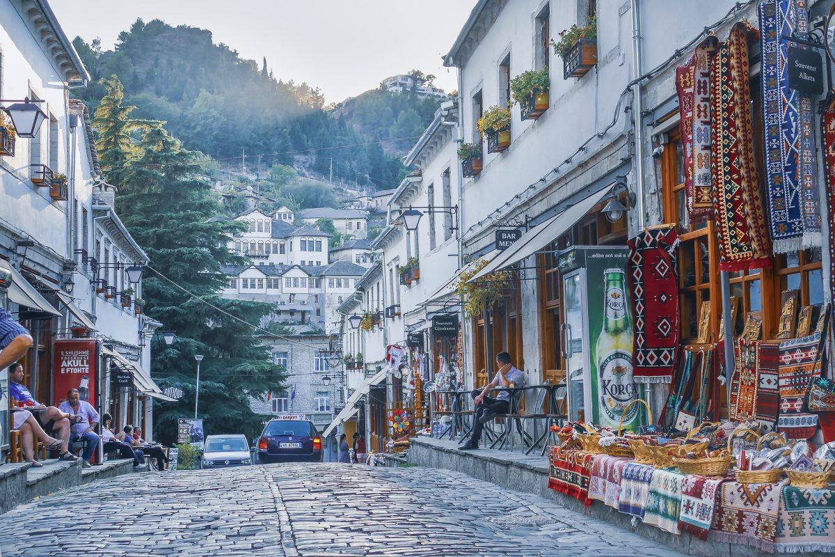 гірокаста вулиця торгівля