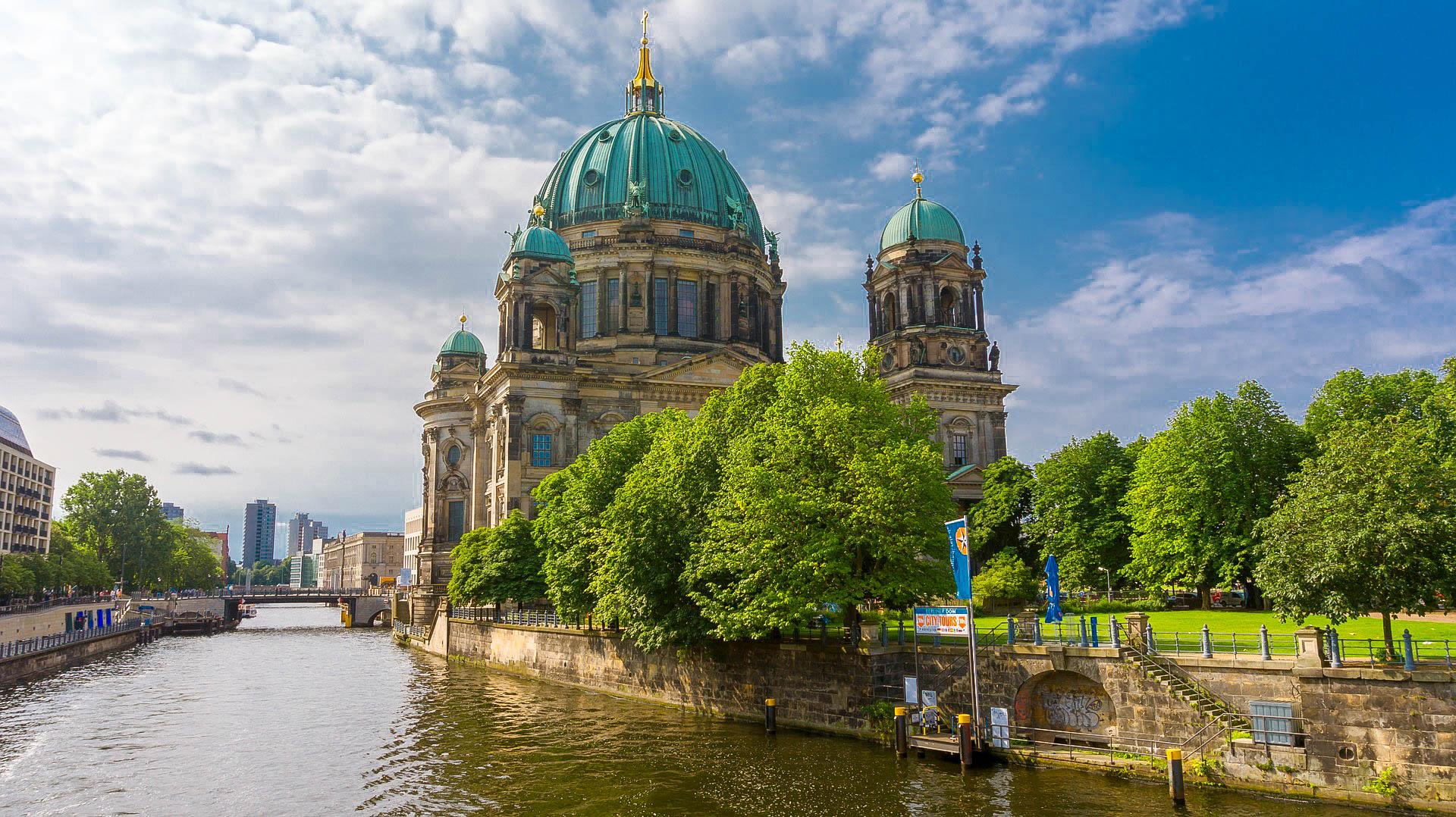 Німеччина Берлін річка