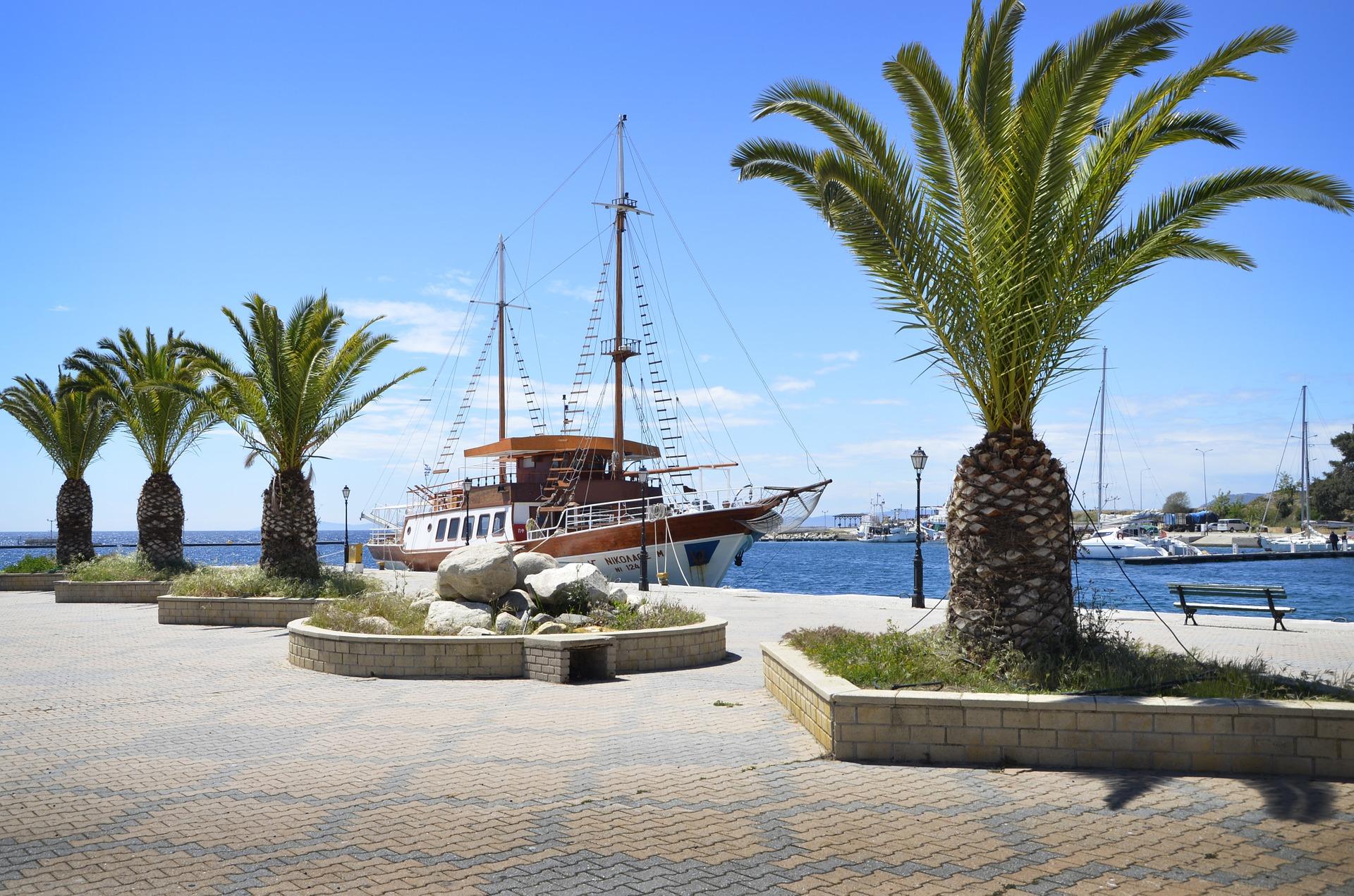 Греція Халкідікі набережна