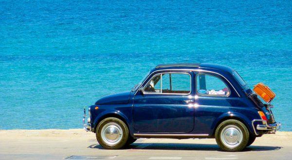 Італія море машина