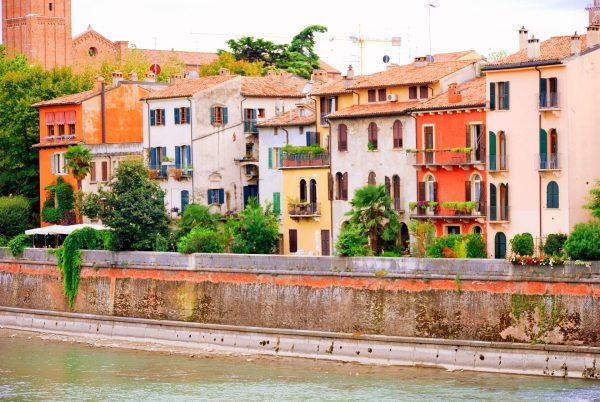Італія Верона будинки
