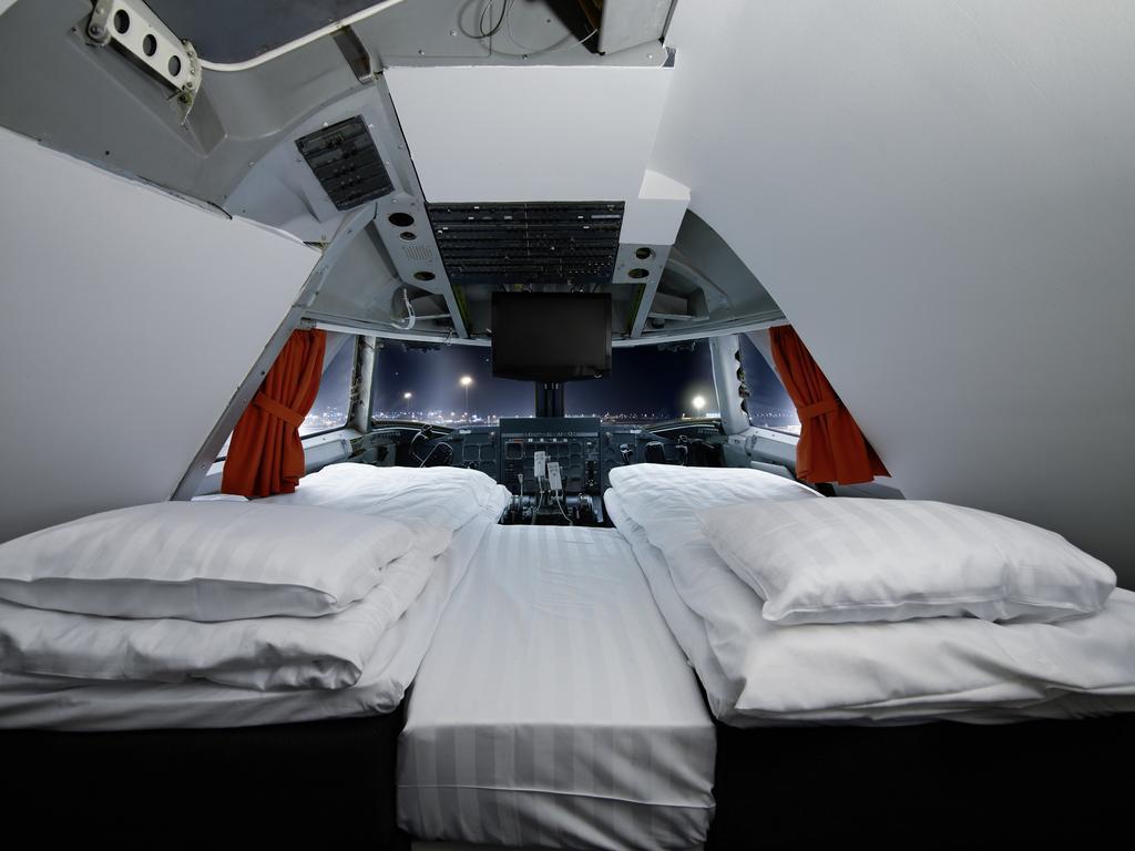 готель в літаку