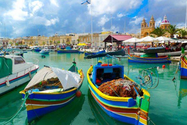 Мальта човни