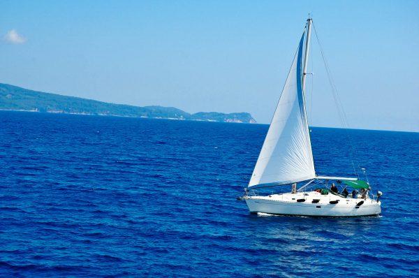 Греція море яхта