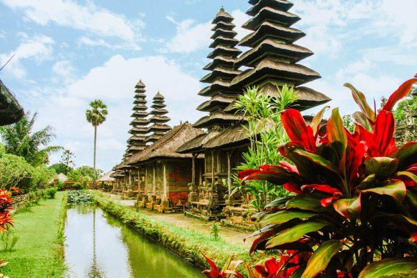 балі храм і квіти