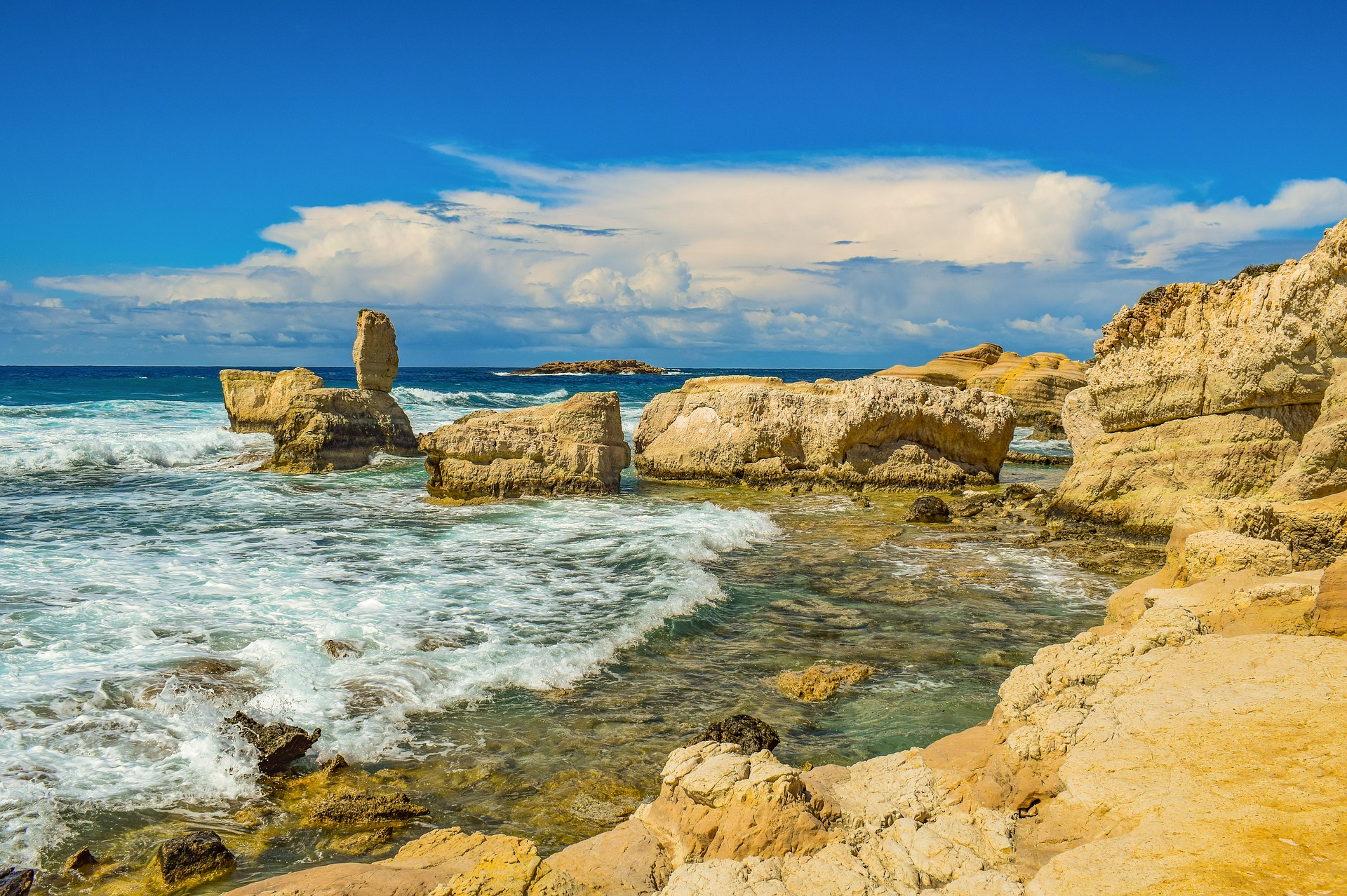 Кіпр Пафос море