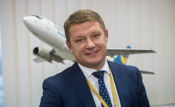 МАУ Володимир Семенченко