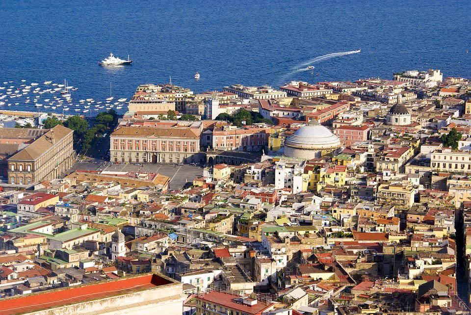 Італія Неаполь