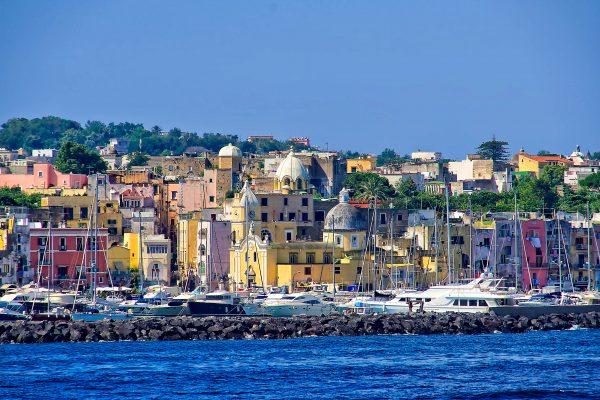Італія Іскія