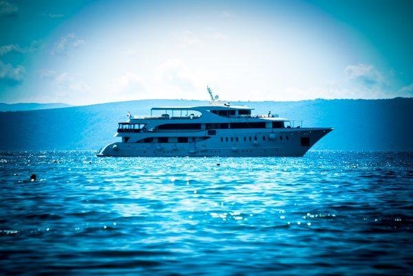 Італія море яхта