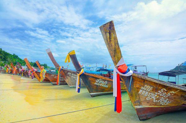 Таїланд Пхукет човни