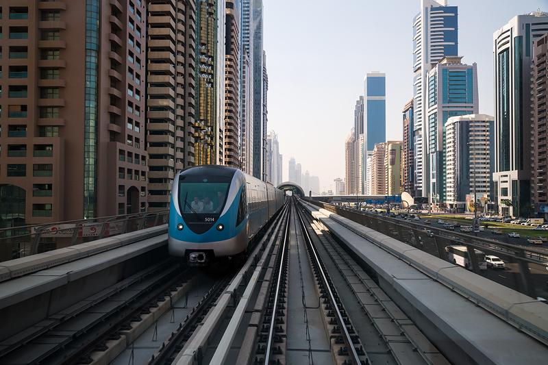 Метро у Дубаю