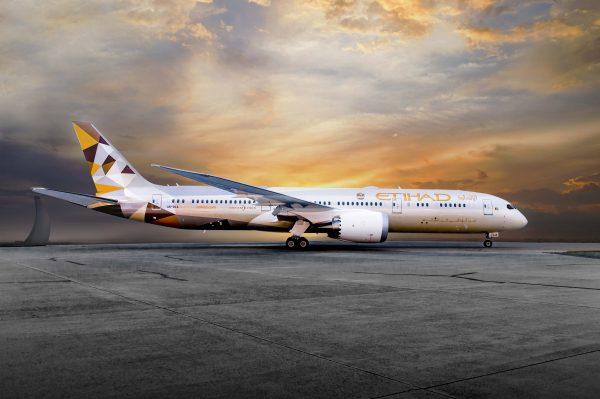 Літак Etihad Airways