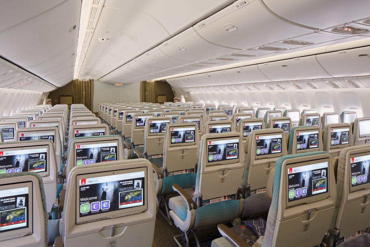 Літак Emirates