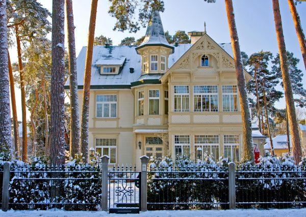 юрмала будинок зима