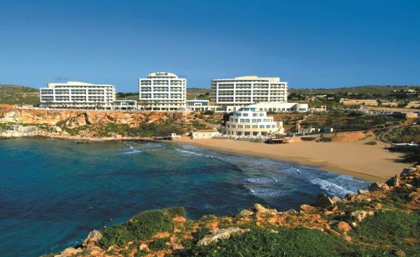 Radisson Blu Golden Sands Resort & Spa, Golden Bay