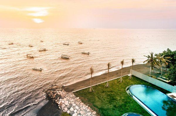Lovina Beach Club and Resort