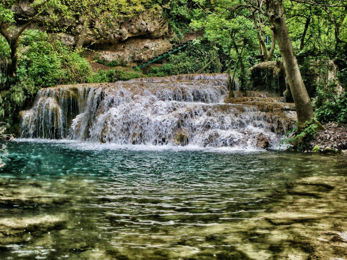 Крушунські водоспади
