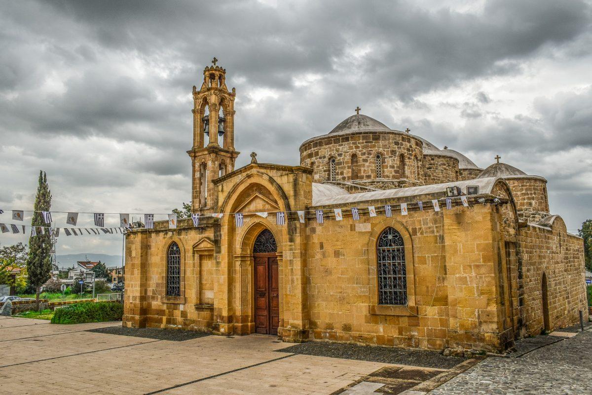 варна церква