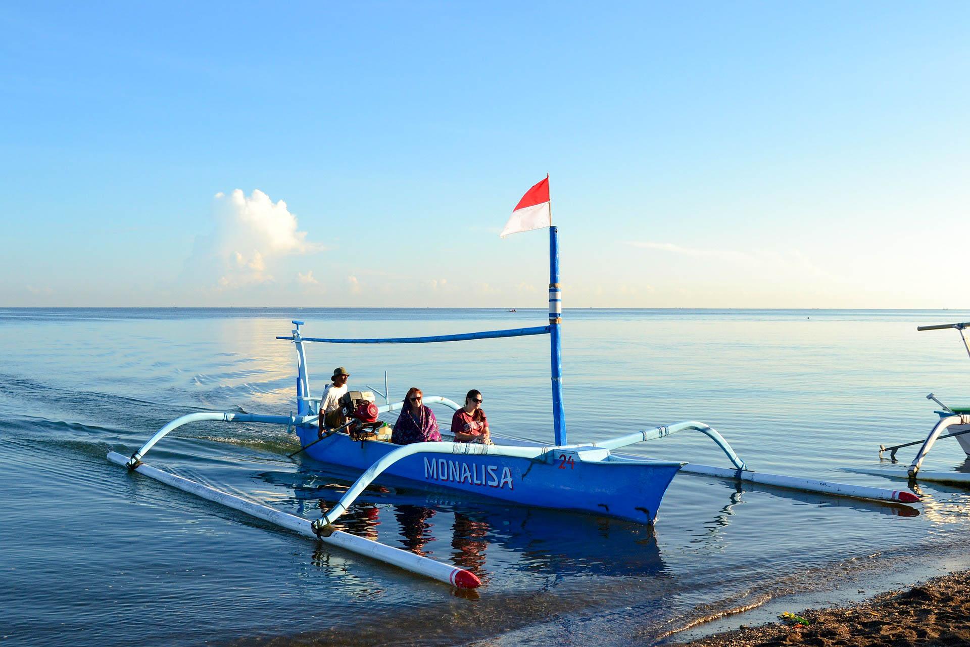 Пляж Балі Ловіна в Індонезії
