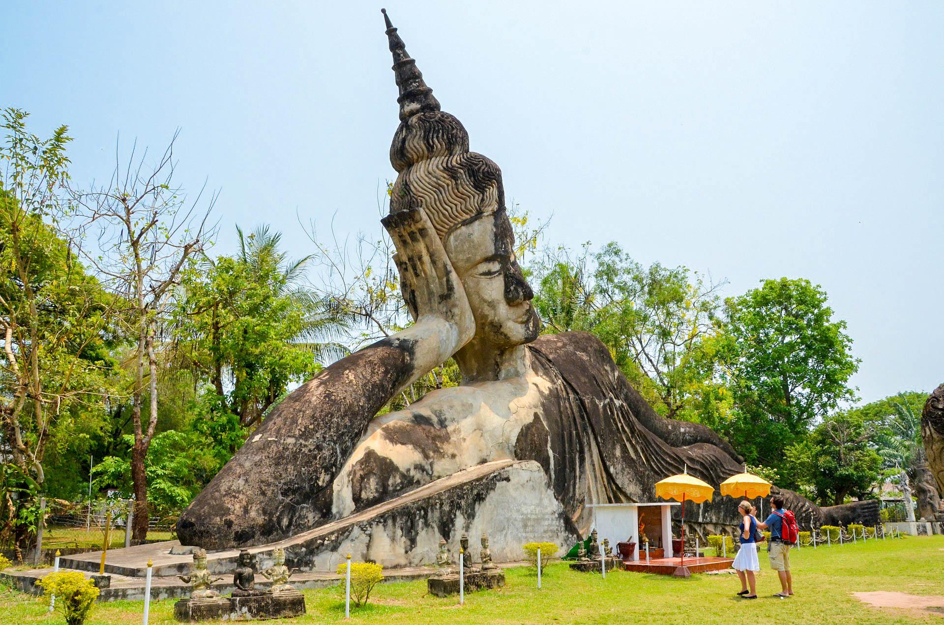 Парк Будди Лаосу В'єнтьян