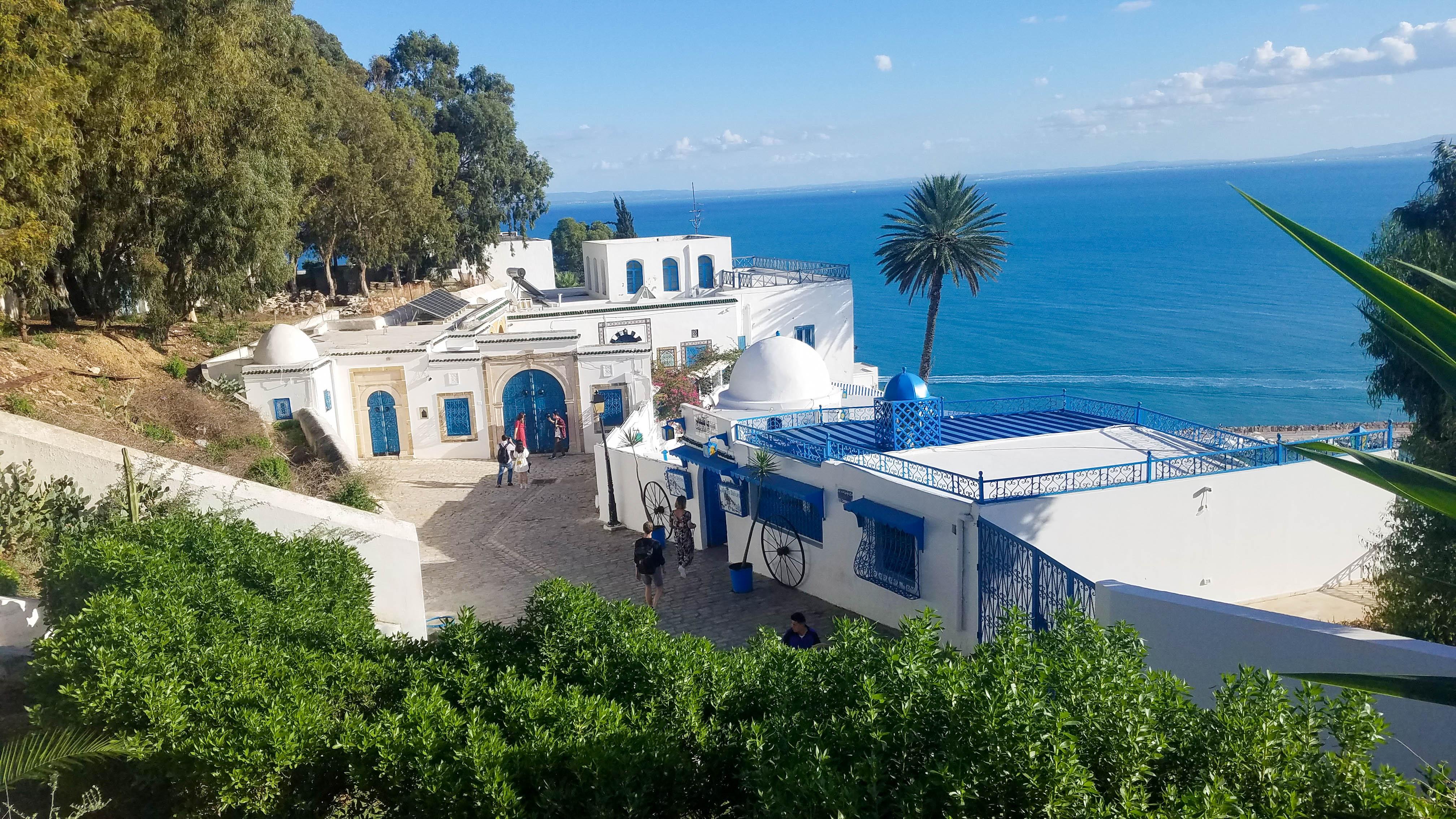 Туніс Сіді-Бусаїд
