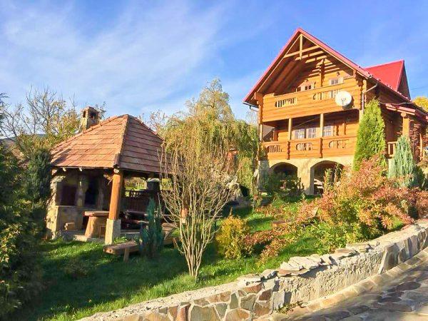 Oksamit Resort