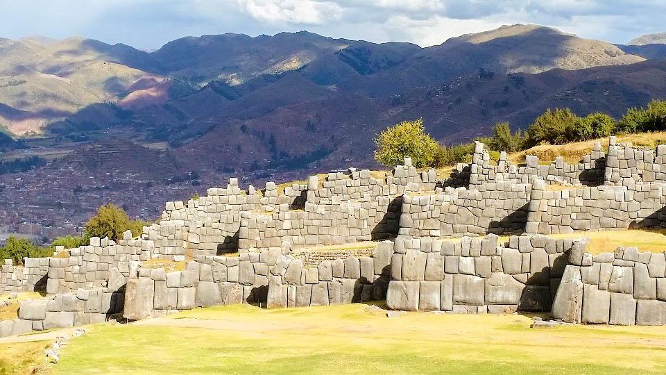 Перу Куско Саксайуаман