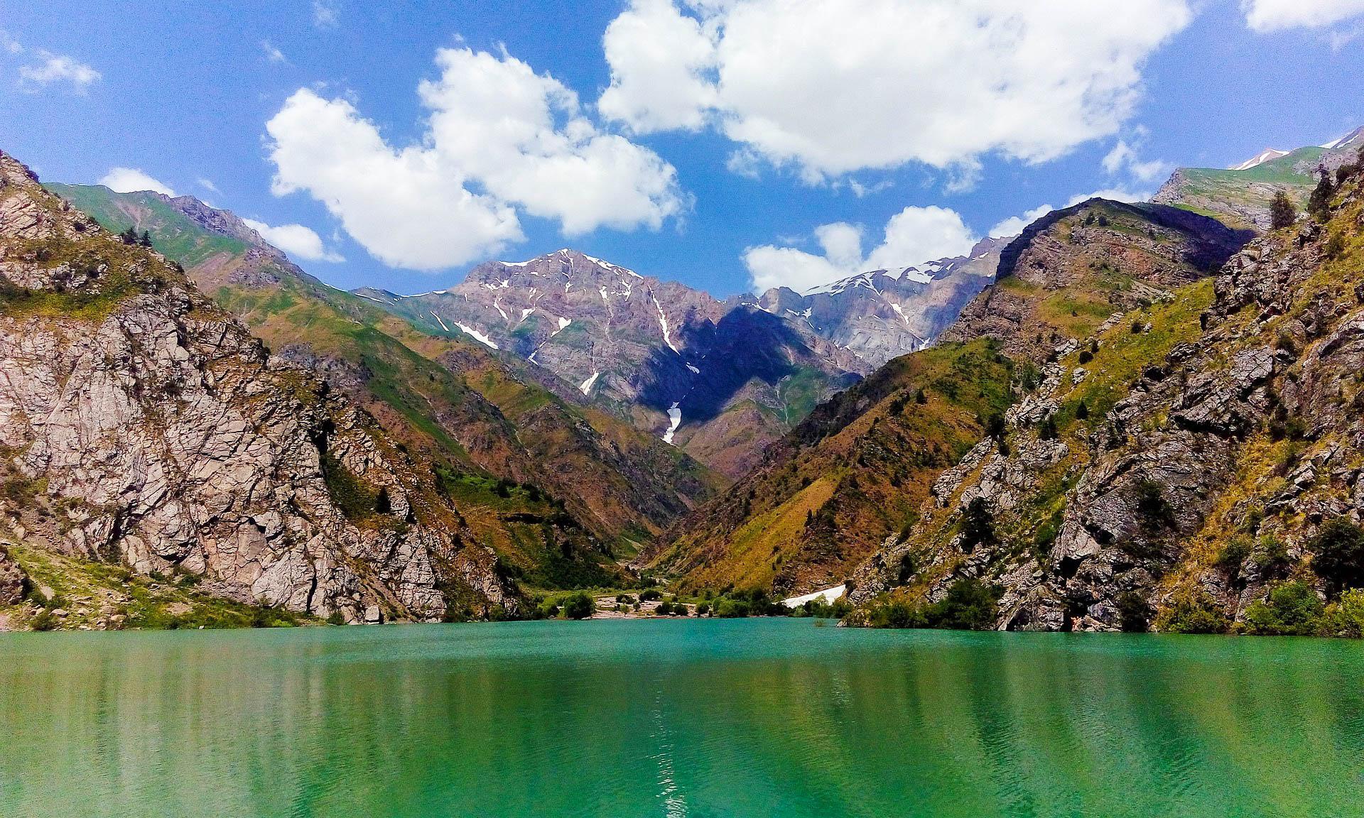 Узбекистан Чарвакське водосховище